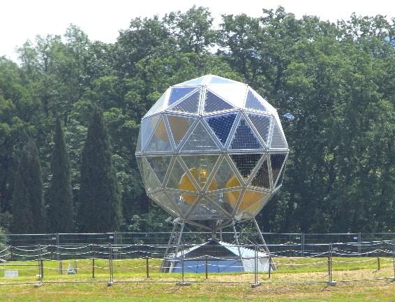struttura fotovoltaica nel parco di Pratolino (FI)