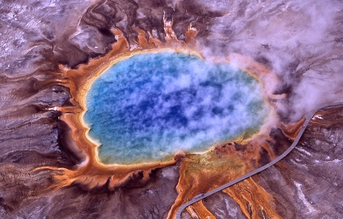 Grand Prismatic Spring - foto di Jim Peaco da Wikipedia